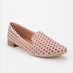 Kimchi Blue Soft Pink Perforated Flats (7.5)